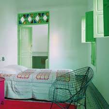 chambre couleur vert d eau le vert une note de nature dans la déco mur vert et eaux