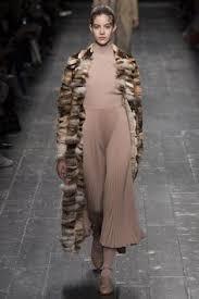 robe mariã e haute couture haute couture la séduction de l androgynie robes haute