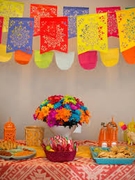 how to throw a fiesta style gender reveal baby shower diy