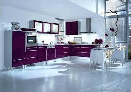 cuisine couleur violet meuble cuisine violet deco cuisine violet cuisine violet sur idee