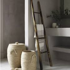 okay you are not actually going to use this ladder to stand on