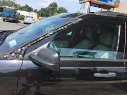 ford 2013 explorer 2013 ford explorer windshield trim flies 29 complaints