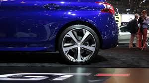 peugeot 308 gt has fake exhaust sound produced by the speakers