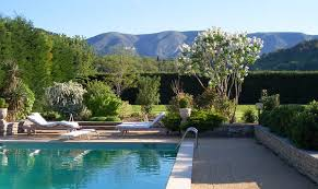 chambre d hote luberon piscine du magnolia chambres d hôtes à ménerbes piscine et vue sur