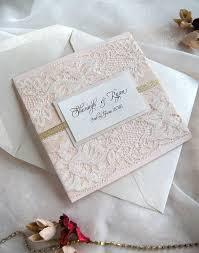 faire part dentelle mariage les 25 meilleures idées de la catégorie invitations de mariage sur