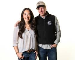 Joanna Gaines Magazine Fixer Upper U0027 Stars Chip And Joanna Gaines Make Publishing Look