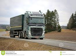volvo 500 truck volvo fh 500 semi truck with globetrotter cab on the road