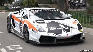lamborghini race car lamborghini gallardo supertrofeo race car on roads