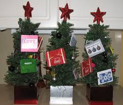 gift card christmas tree i made for the teachers baskets