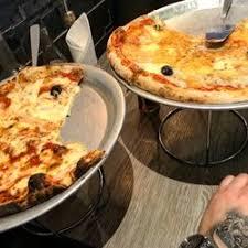 cuisine centrale marseille chez noel 85 avis pizza 174 la canebière thier marseille