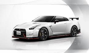 nissan sports car 2014 nissan gtr nismo pushes the envelope revival sports cars