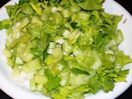 cuisiner celeri branche tourte aux chignons céleri branche et jambon cru les