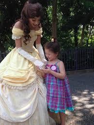 meeting princess belle picture hong kong disneyland hong