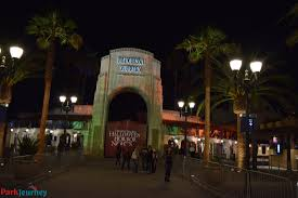 halloween horror nights planning experiencing hhn hollywood in a wheelchair