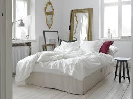 lit transformé en canapé le canapé lit himmene se transforme en lit en un tour de lit