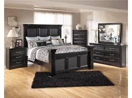 cavallino mansion bedroom set bedroom at real estate cavallino mansion bedroom set photo 9