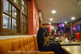 Legend Coffee Malang legend coffee dengan tema 24 7 cafe