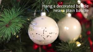 the best way to decorate your tree