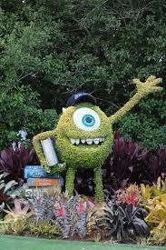 1332 best floral sculpture images on pinterest topiary garden