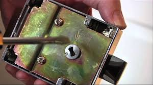 how to replace a nightlatch youtube