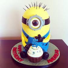 delicious despicable me minion cakes xcitefun net