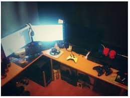 Top 10 Best Gaming Setups Ever Faqingames Gaming by 20 Best Nerd Cave Images On Pinterest Pc Setup Custom Pc And