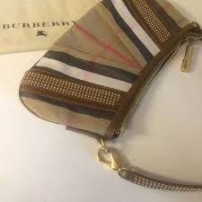 burberry black friday sale best 25 burberry bags sale ideas only on pinterest burberry