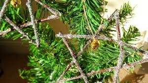 make your own homemade christmas tree decorations salty songs