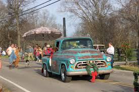 christmas parade leipersfork tn information on collecting cars