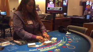 how many poker tables at mgm national harbor mgm national harbor dealer sets up her table youtube