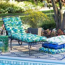Cushions For Outdoor Chaise Lounges Best 25 Tropical Outdoor Chaise Lounges Ideas On Pinterest