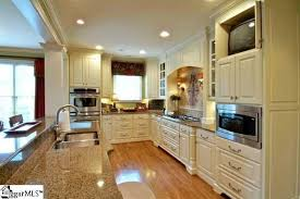 sherwin williams brown kitchen cabinets brown sugar by sherwin williams on cabinets tropic brown