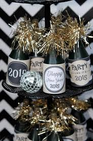 White And Silver New Years Eve Decorations by Kara U0027s Party Ideas Black U0026 White New Year U0027s Eve Party