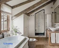 salle de bain dans chambre sous comble cabine de sous pente pour idee de salle de bain salle