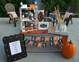 Halloween Party Ideas For A Bar by Spooky S U0027mores Bar Halloween Party Ideas Halloween Pinterest