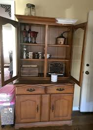 letgo kitchen hutch makeover so very merry
