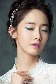yoona natural makeup tutorial 5 grown up ways to wear glitter on your eyes beauty department and