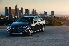 lexus sedan 2016 interior lexus hybrids u0027always charged u0027 says slogan unlike electric cars