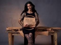 tod u0027s taps tattoo artist to customize brand u0027s double t bag u2013 wwd