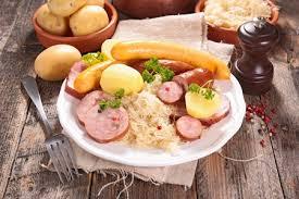 alsace cuisine traditionnelle recette choucroute alsacienne traditionnelle
