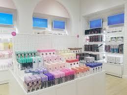 Floor And Decor Glendale Inside Riley Rose Forever 21 U0027s New Beauty Shop For Korean