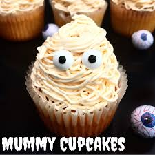 mummy cupcakes fun and easy halloween baking ideas to do with