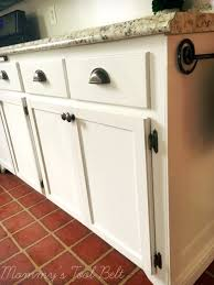 cabinet makeover on a budeget mommy s tool belt i hope you enjoyed reading about the rental kitchen cabinet makeover and comment below with any questions thanks for stopping by