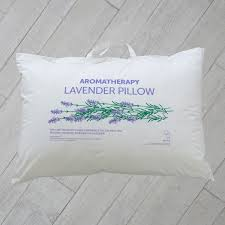 16 pillow talk bed linen secrets of a well dressed bed