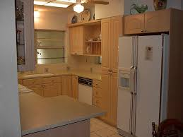 Painting Thermofoil Kitchen Cabinets Perfect Painted White Cabinets Vs Thermofoil C To Design Decorating