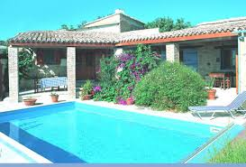cyprus homes for holidays in larnaca