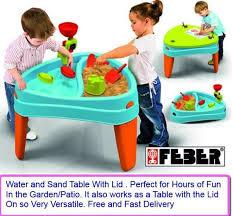 step 2 water works water table step 2 table de sable et eau sail away adventure avec parasol