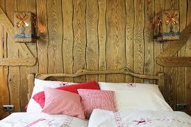 Einrichtung Schlafzimmer Rustikal Rustikale Massivholzmöbel Urige Holzmöbel Günstig