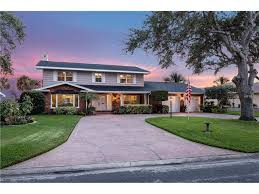 Luxury Homes St Petersburg Fl by Find Homes For Sale In Tampa And St Petersburg Smith