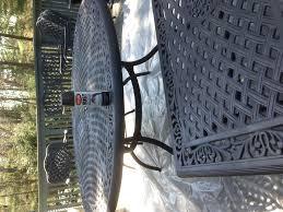 Krylon Textured Spray Paint - quick way to refresh your cast aluminum furniture use krylon rust